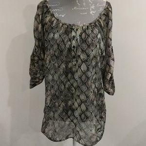 💥4/$20 Joe Fresh sheer tortoiseshell blouse